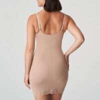 COUTURE crème corrigerend jurkje met slip